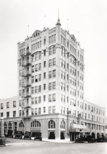 vintage-photos-of-the-hotel